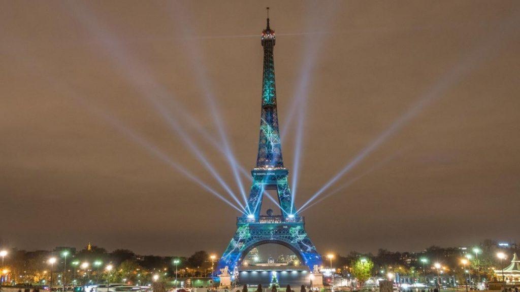 تاریخچه برج ایفل و نورپردازی آن