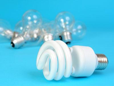 مقایسه بین لامپهای التهابی و فلورسنت