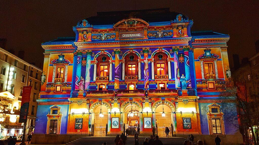 Fête des Lumières جشنواره نورپردازی